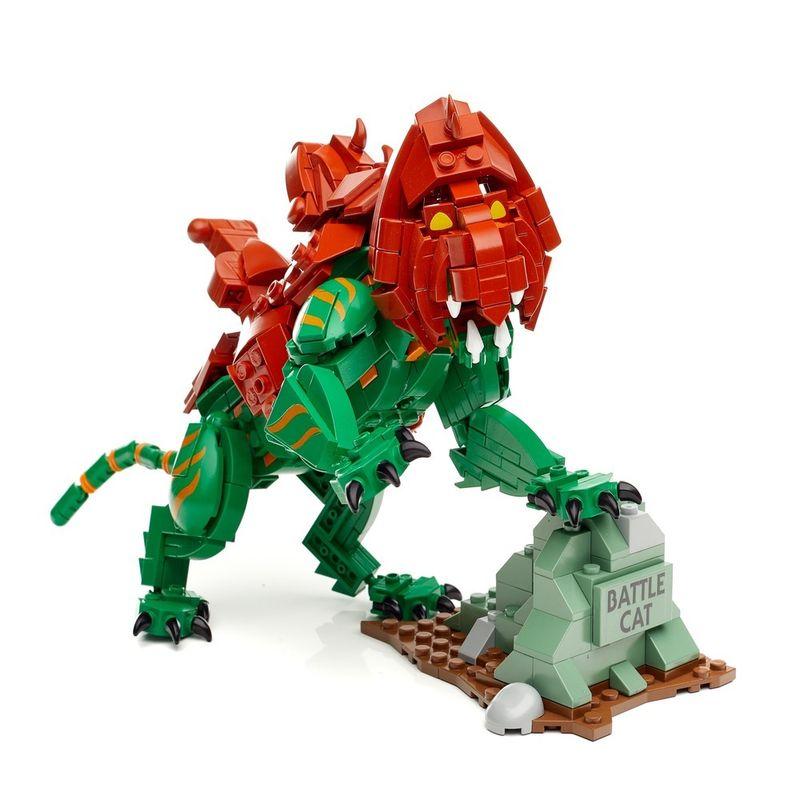 Mega-Construx---Masters-Of-The-Universe---Gato-Guerreiro-2