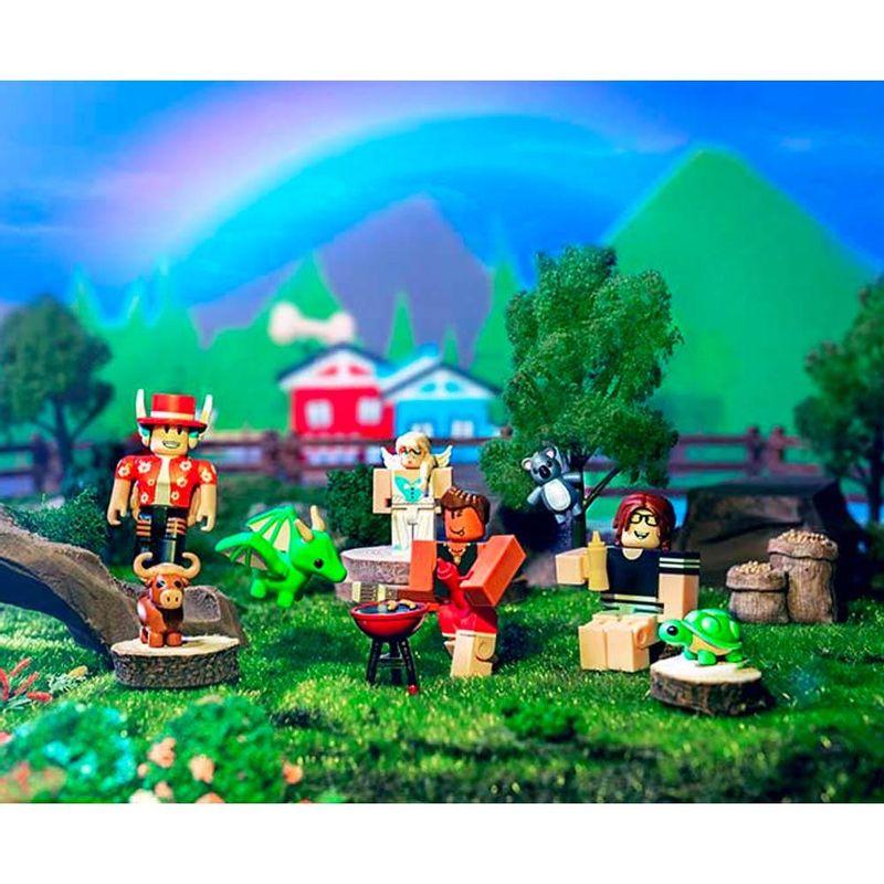 Conjunto-de-Mini-Figuras---Roblox---Adopt-Me-Backyard-BBQ---6-Figuras---Sunny-3