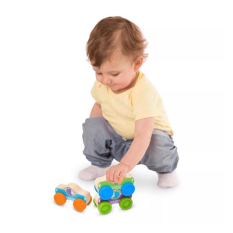 Conjunto-de-Veiculos---Carros-Empilhaveis---Madeira---Melissa-e-Doug---New-Toys-2