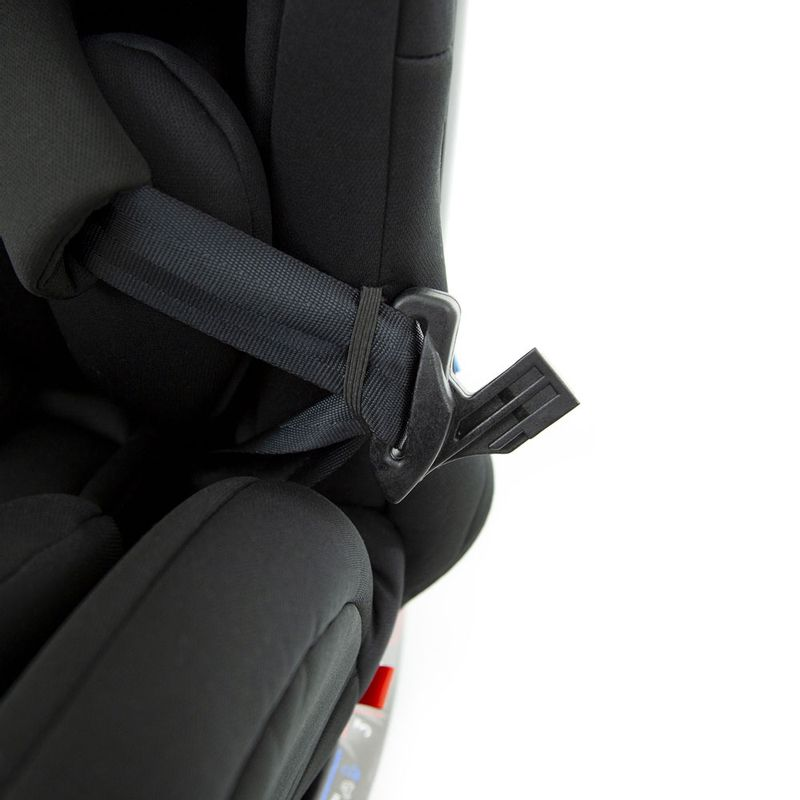 cadeira-para-auto-de-0-a-36-kg-vitta-black-strong-infanti-IMP91567_Detalhe2