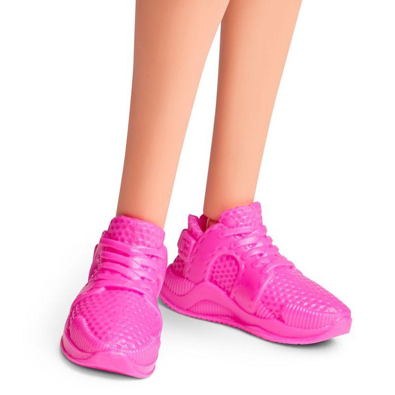 boneca-barbie-colecionavel-serie-heranca-fashion-cabelo-trancado-bike-shorts-mattel-GHT91_detalhe4
