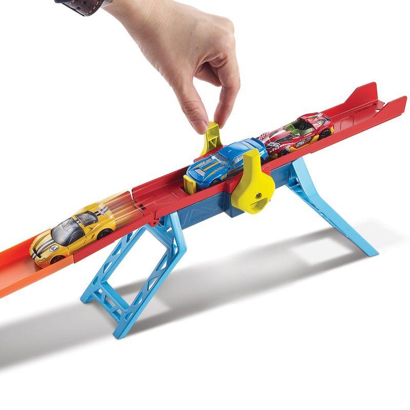 Pista-de-Percurso-e-Veiculo---Hot-Wheels-Track-Builder---Mega-Caixa-Maximo-Impulso---Mattel-2